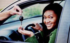 Kadınlar Neden Araba Kullanmamalı ?